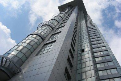 Московский рынок новостроек демонстрирует разнонаправленность векторов в элитном и премиум-сегментах